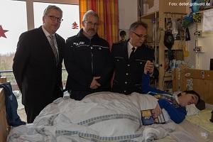 polizei-hessen zwergnase scheckuebergabe 2014-01-21 foto-detlef-gottwald-0102a 96dpi web