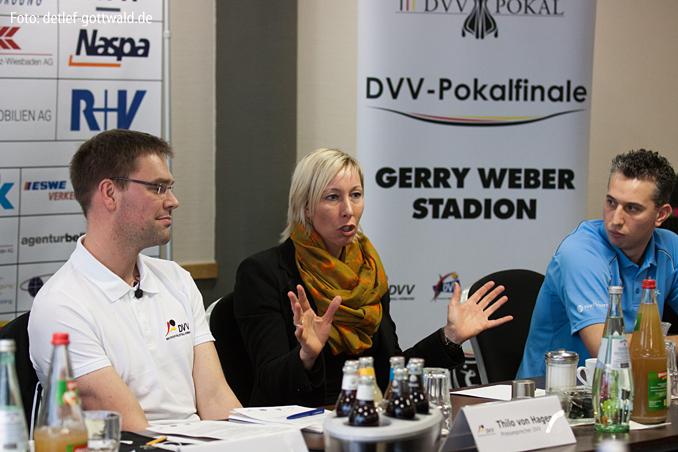 14_pokalfinale-pressekonferenz_2013-02-23_foto-detlef-gottwald-0235a.jpg