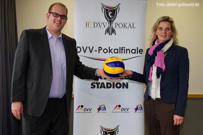 15_pokalfinale-pressekonferenz_2013-02-23_foto-detlef-gottwald-0151a.jpg