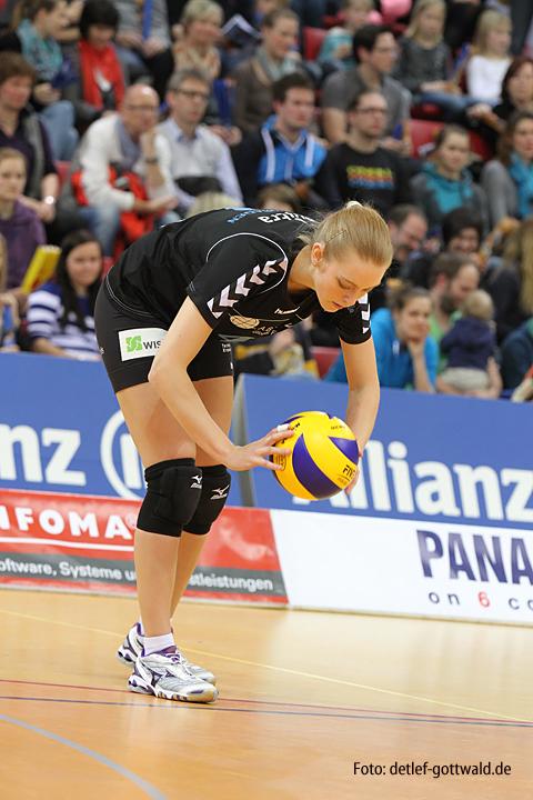 stuttgart-vcw_2013-04-07_playoff-viertelfinale_2_foto-detlef-gottwald-1207a.jpg