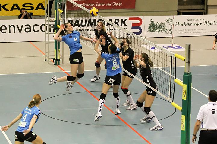 vcw-schwerin_playoff-halbfinale_spiel2_2013-04-18_foto-detlef-gottwald-0115a.jpg
