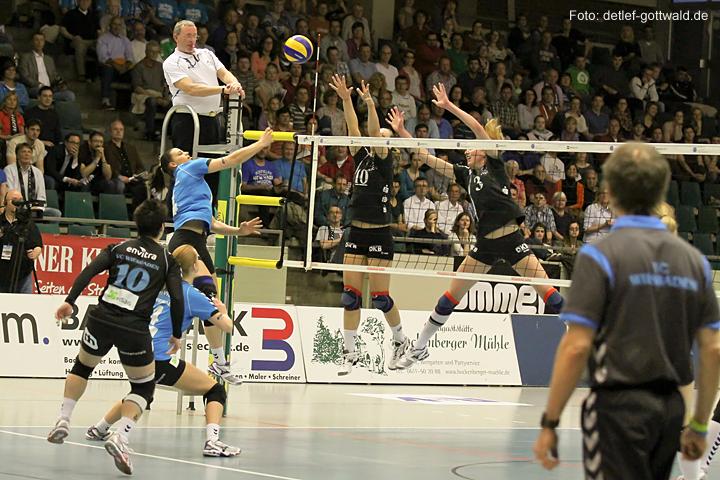 vcw-schwerin_playoff-halbfinale_spiel2_2013-04-18_foto-detlef-gottwald-0233a.jpg