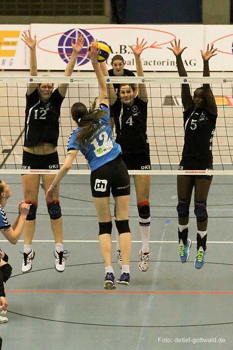 vcw-schwerin_playoff-halbfinale_spiel2_2013-04-18_foto-detlef-gottwald-0315a.jpg