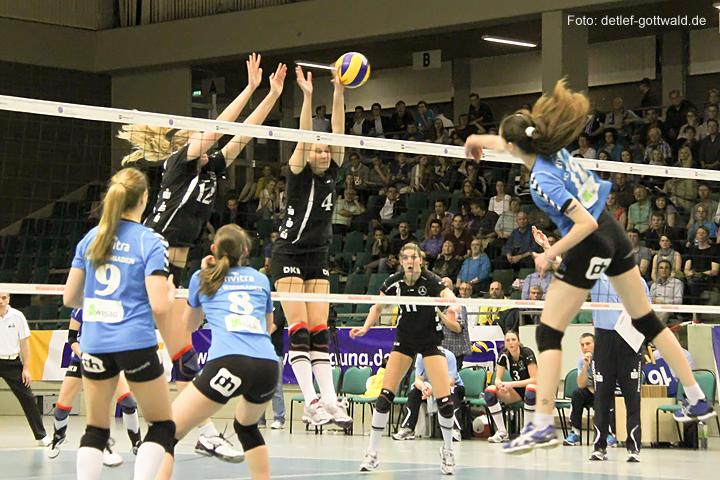 vcw-schwerin_playoff-halbfinale_spiel2_2013-04-18_foto-detlef-gottwald-0584a.jpg