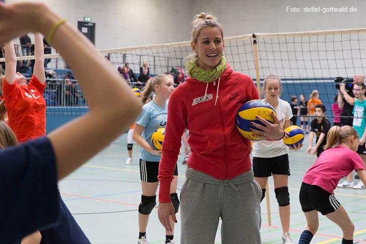 volleyballtraining-mit-stars_2014-02-08_foto-detlef-gottwald-0553b.jpg