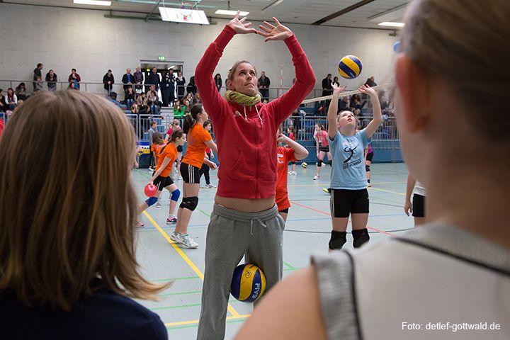 volleyballtraining-mit-stars_2014-02-08_foto-detlef-gottwald-0569b.jpg