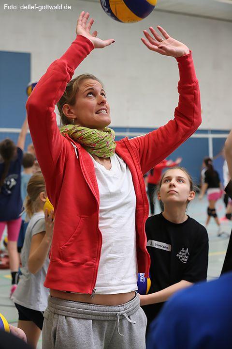 volleyballtraining-mit-stars_2014-02-08_foto-detlef-gottwald-0888a.jpg