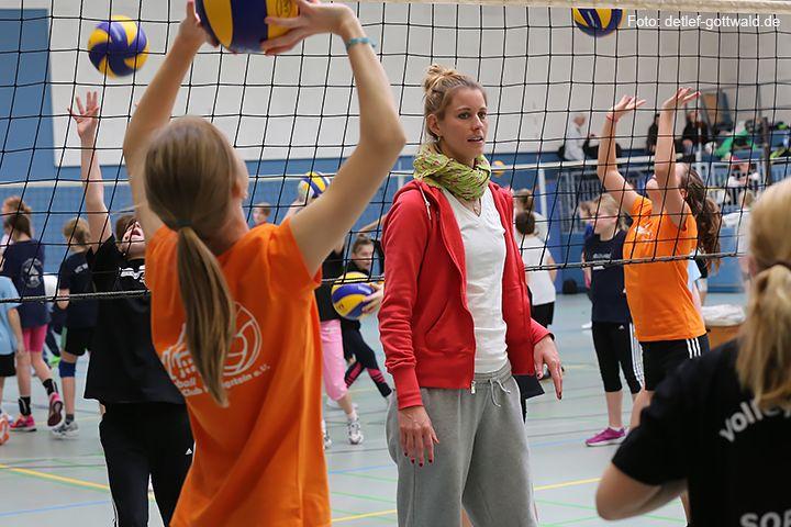 volleyballtraining-mit-stars_2014-02-08_foto-detlef-gottwald-0913a.jpg