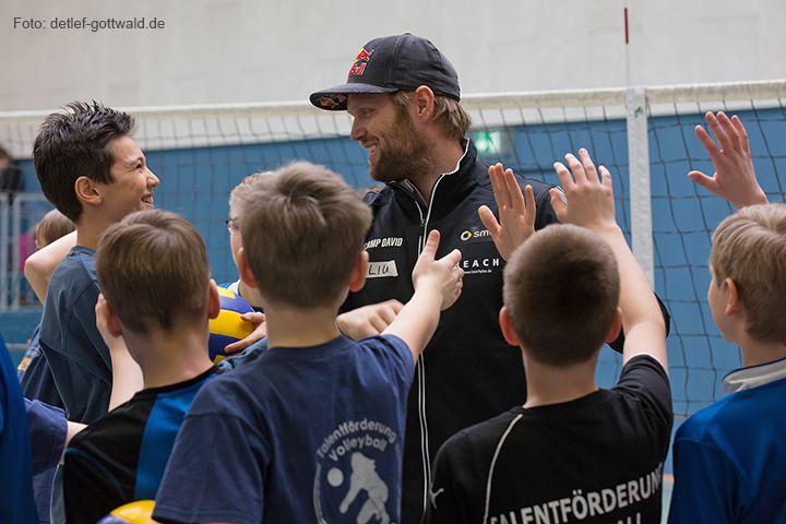 volleyballtraining-mit-stars_2014-02-08_foto-detlef-gottwald-0921b.jpg