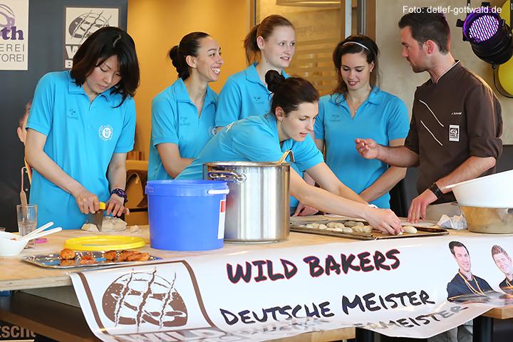jubilaeum-backhaus-schroeer_vcwiesbaden_wild-bakers_2014-03-30_foto-detlef-gottwald-0136a.jpg