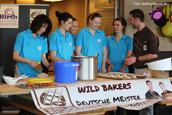 jubilaeum-backhaus-schroeer_vcwiesbaden_wild-bakers_2014-03-30_foto-detlef-gottwald-0141a.jpg