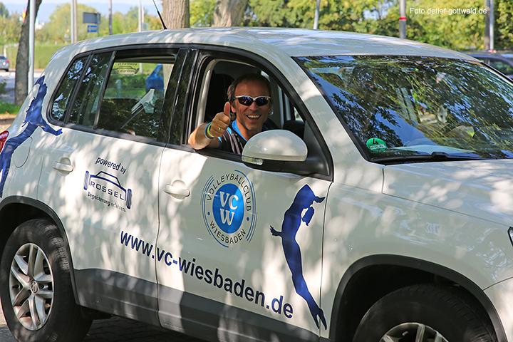 vcw_autokorso_umzug-in-die-neue-halle_foto-detlef-gottwald-0065a.jpg