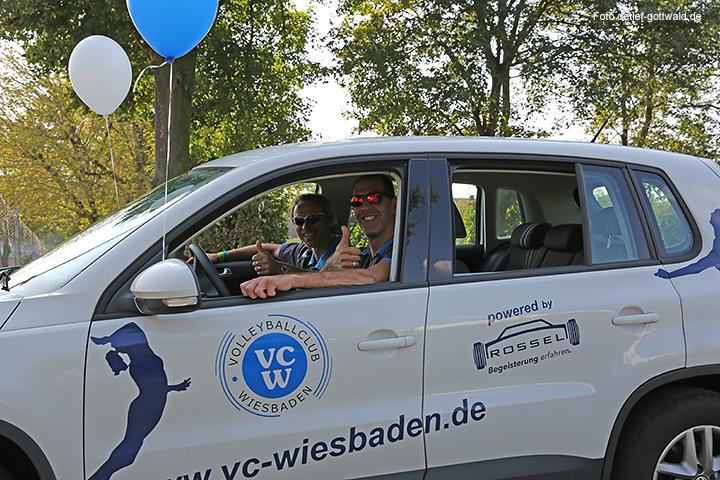 vcw_autokorso_umzug-in-die-neue-halle_foto-detlef-gottwald-0162a.jpg