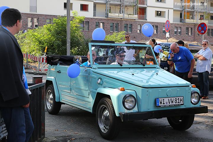 vcw_autokorso_umzug-in-die-neue-halle_foto-detlef-gottwald-0752a.jpg