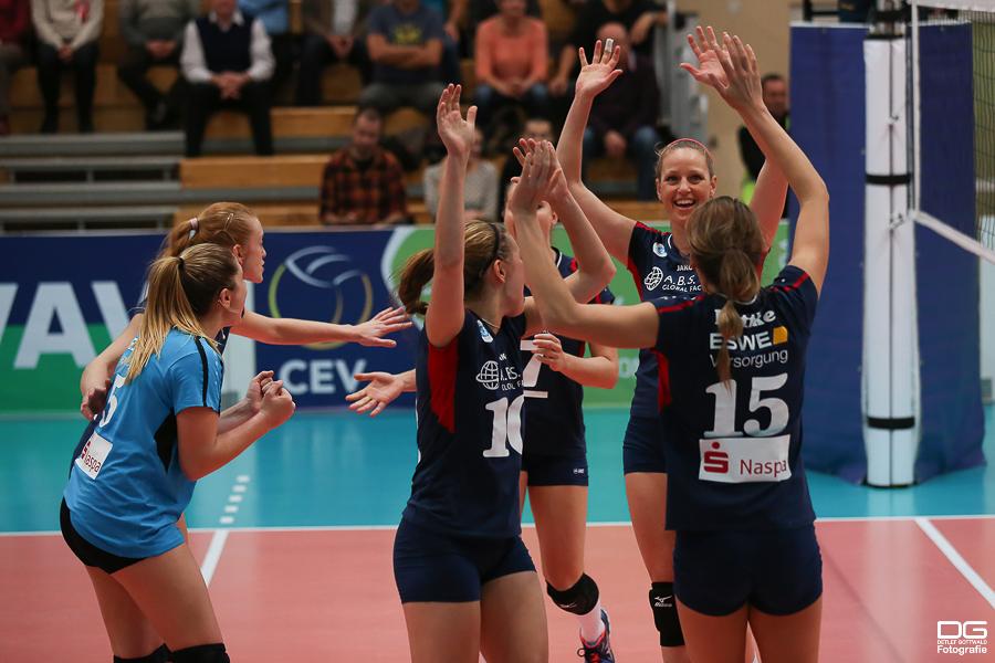 cev-cup_muszyna-vcw_rueckspiel_2015-11-11_foto-detlef-gottwald--38.jpg