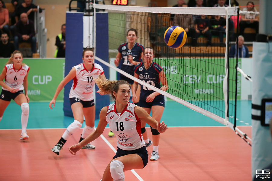 cev-cup_muszyna-vcw_rueckspiel_2015-11-11_foto-detlef-gottwald--53.jpg