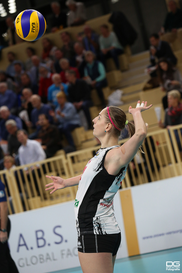036_cev-challenge-cup_vcwiesbaden-minchanka-minsk_2015-12-09_foto-detlef-gottwald_k1-0048a.jpg