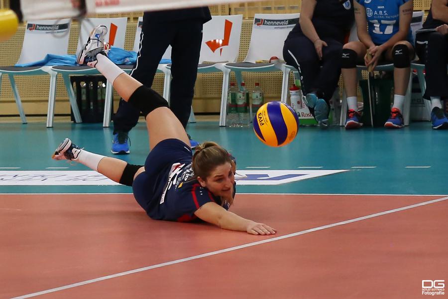062_cev-challenge-cup_vcwiesbaden-minchanka-minsk_2015-12-09_foto-detlef-gottwald_k1-0623a.jpg