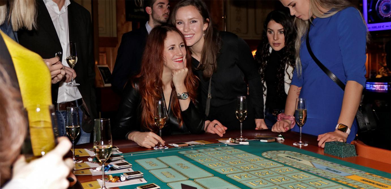VCW-Spielerinnen wieder zu Gast in Wiesbadener Spielbank