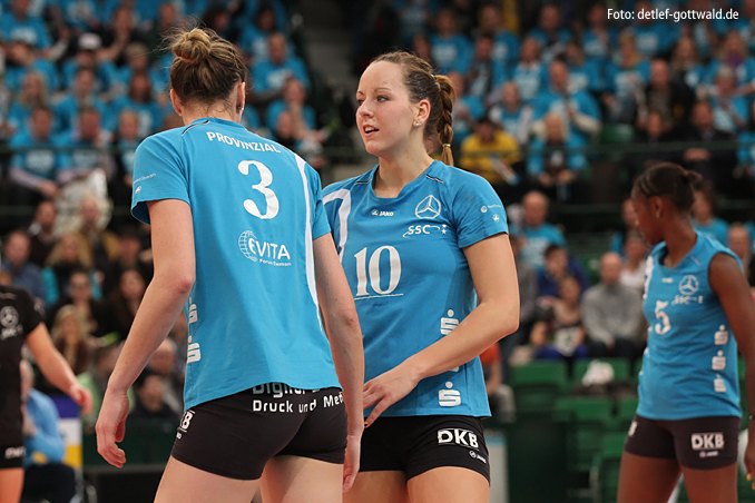 a0795_dvv-pokalfinale_2013-03-03_vcw-schwerin_foto-detlef-gottwald.jpg