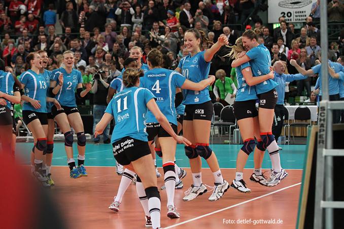a1427_dvv-pokalfinale_2013-03-03_vcw-schwerin_foto-detlef-gottwald.jpg