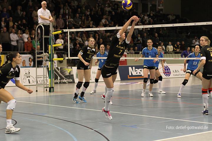 vcw-stuttgart_2013-03-30_playoff-viertelfinale_1_foto-detlef-gottwald-0851a.jpg