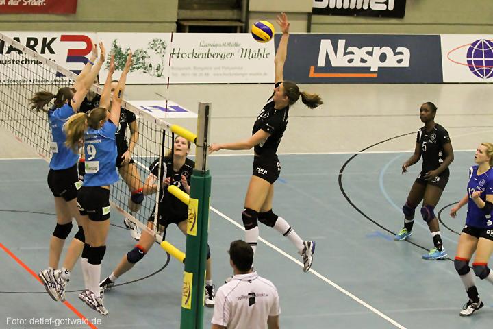 vcw-schwerin_playoff-halbfinale_spiel2_2013-04-18_foto-detlef-gottwald-0118a.jpg