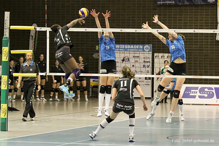 vcw-schwerin_playoff-halbfinale_spiel2_2013-04-18_foto-detlef-gottwald-0139a.jpg
