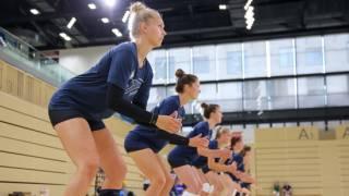 Anders als im vergangenen Jahr werden beim Trainingsauftakt zur neuen Saison nicht alle Spielerinnen gemeinsam in der Halle stehen (Archivbild). Foto: Detlef Gottwald